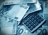 سقوط یورو در برابر دلار
