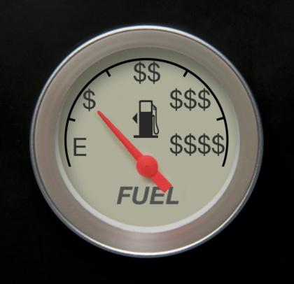 سهمیه بنزین تیرماه تثبیت شد/ سناریوهای گران شدن بنزین