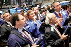 اقتصاد جهان در مرز خطر قرار دارد