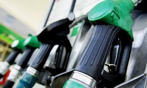 بنزین 2 نرخی عرضه میشود / احتمال صفر شدن بنزین 100 تومانی کارتها