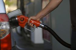 بنزین چینی وارد میشود؟
