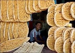 قیمت جدید آرد و نان در تهران / سنگک 600، بربری 500 و لواش 160 تومان