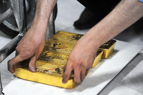 ادامه نوسان قیمت طلا در بازارهای امارات