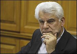 بهمنی از اختصاص ارز مسافرتی دولتی تنها به زائران حج تمتع خبر داد