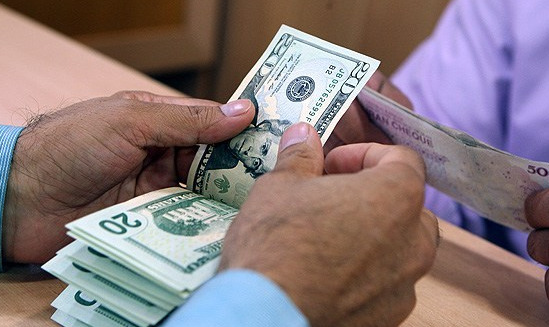 ریزش قیمت دلار آمریکا تا مرز 3000 تومان