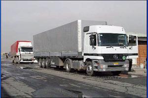 رفعممنوعیتهای صادراتی اجرایی نشد/تخلیه بارکامیونهای پشتمرز در بیابان