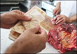 گوشت گوساله گرانتر از گوسفند/ چرا قیمت پائین نمیآید؟