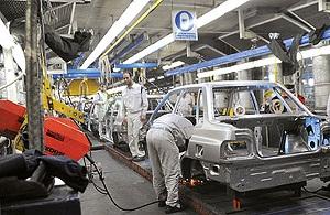 هر کیلو پراید ۱۹ هزار و ۸۰۰ تومان/ حواشی افزایش قیمت خودرو در سالی که گذشت
