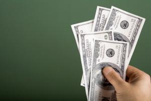 زمینههای تک نرخیشدن ارز فراهم نیست