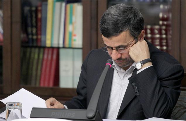 معمای «ارز» ارزان در پایان دولت احمدینژاد