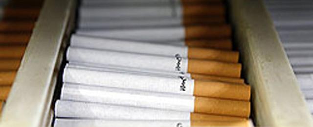 کاهش 40 درصدی واردات سیگار/نیمی از بازار دخانیات در اختیار قاچاق است