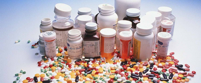 ترخیص دو سوم از داروهای انباشت شده در گمرک