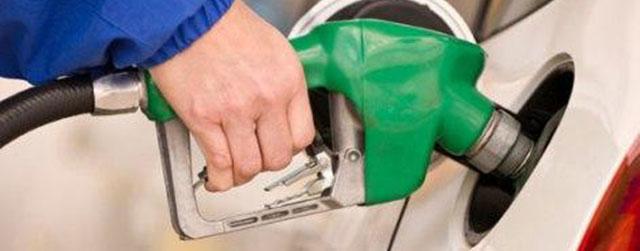 سهمیه بنزین سفر امشب واریز میشود/ جام جهانی مصرف بنزین را کاهش داد