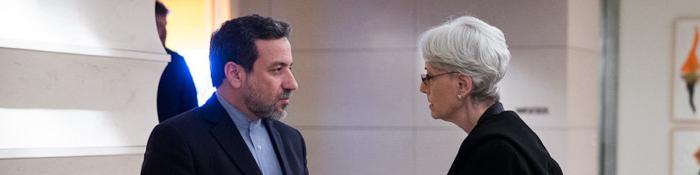 آغاز گفتوگوهای دوجانبه عراقچی و شرمن در ژنو