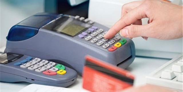 دستوپا زدن بانکها برای ماندن کارتخوانها