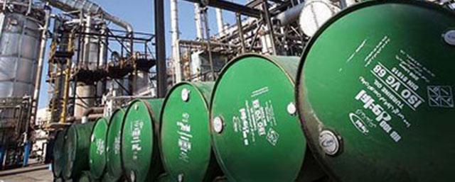 فتیله نفت در بودجه پایین کشیده شد/ احتمال گنجاندن نفت 70 دلاری در بودجه 94
