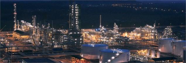 وزیر نفت: وزارت نفت در تعیین نرخ خوراک دخالتی نداشت