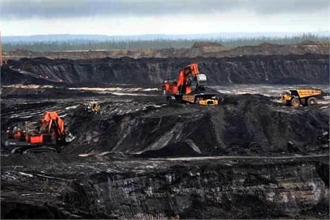 درآمد بخش صنعت نفت کانادا از محل تولید نفت شیل طی دو سال آینده 21 میلیارد دلار کاهش خواهد یافت