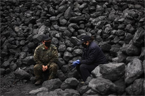 کاهش بهای کالاهای اساسی و تلاش گسترده چین برای ذخیره سازی مواد اولیه
