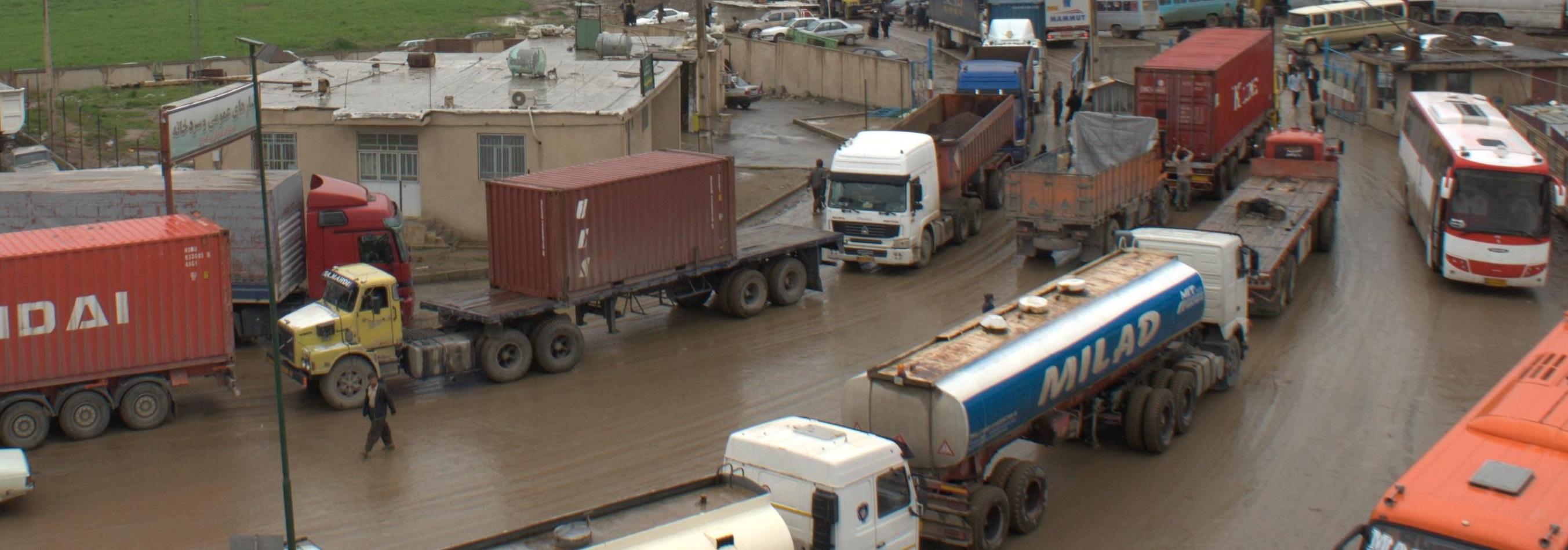 انحصار تجارت ایران توسط چین زیر تیغ نقد