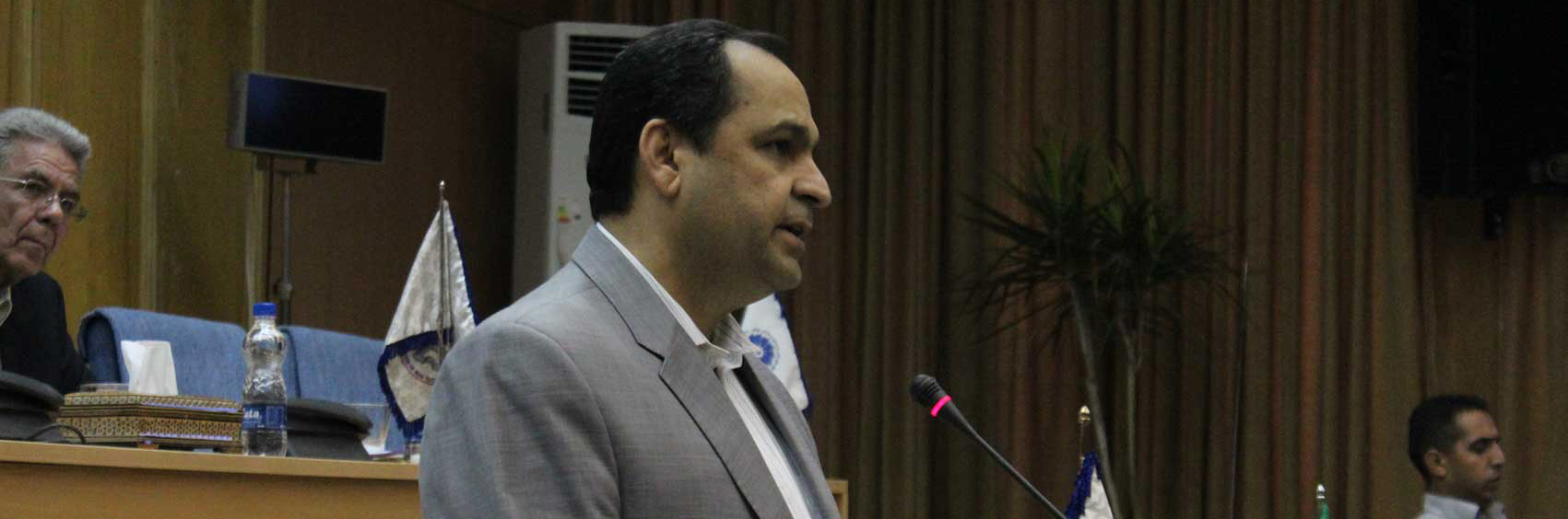 حضور نمایندگان دولت در اتاق تهران به نفع بخش خصوصی است