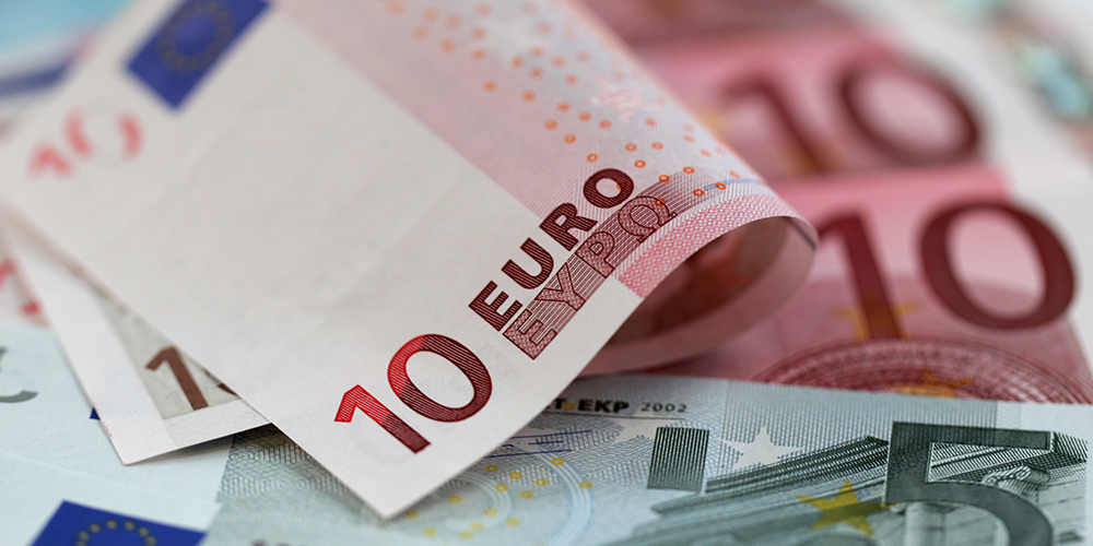 تاثیر کاهش نرخ یورو بر قیمت خودرو