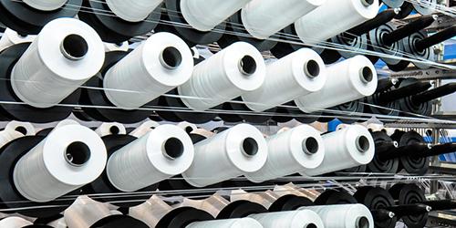 کاهش عرضه مواد اولیه نساجی توسط پتروشیمیها
