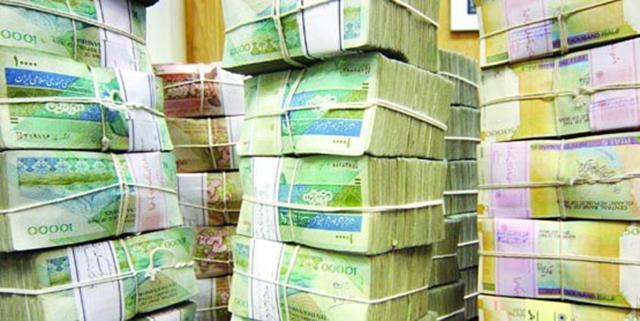 احمدینژاد این دولت را بزرگترین بدهکار بانکی کرد