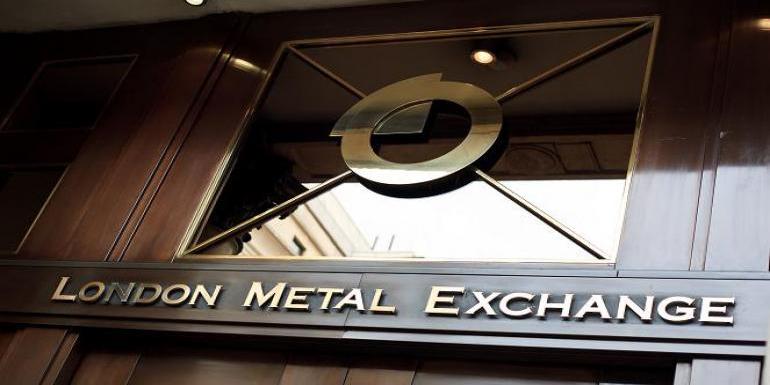 افت ۵۷۷ دلاری مس در بورس فلزات لندن