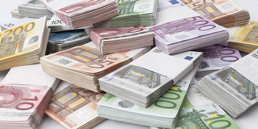 نتایج همهپرسی یونان سبب سقوط ارزش یورو شد