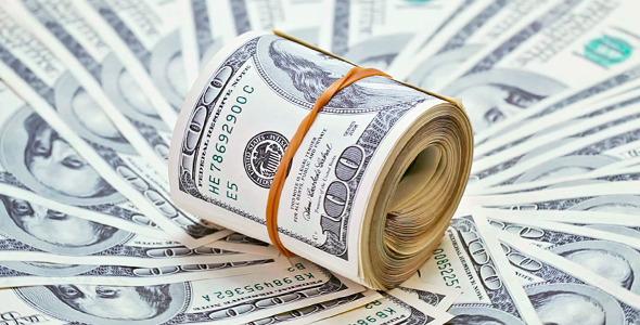 سیف آب پاکی را روی انتظار کاهش قیمت ریخت / بازگشت نرخ دلار به مرز 3300 تومان