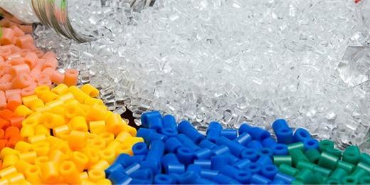 کاهش قیمت انواع پلیمرها در بازارهای آسیا