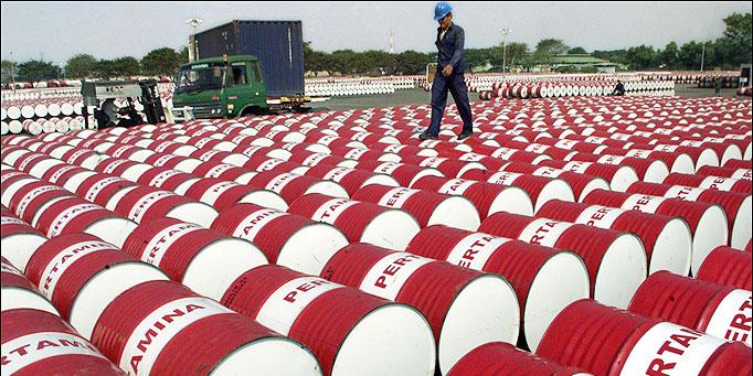 درآمدهای نفتی در سال 94 محقق نمیشود