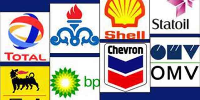 قرارداد نفتی با هیچ کشوری تا لغو کامل تحریمها نخواهیم داشت