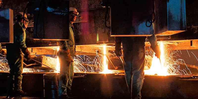 کارخانه فولاد به محض ورود کک به زنجان آغاز به کار میکند