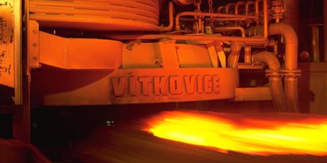 کشور از واردات ورقهای فولادی صنایع نفت و گاز بی نیاز شد