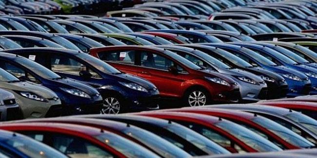 لغو مجوز واردات برخی خودروهای وارداتی در سال ۹۵