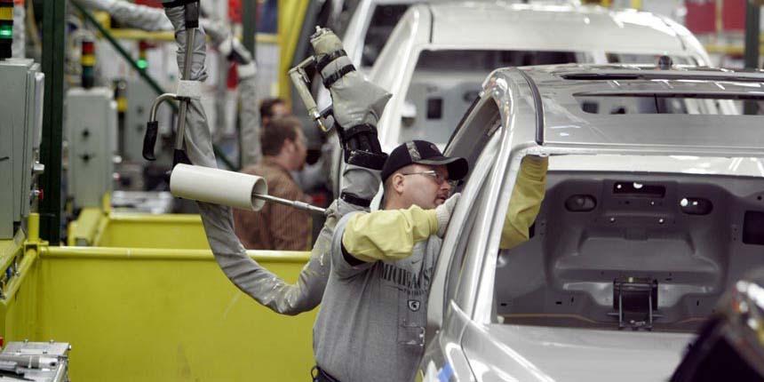 قیمت خودرو نباید افزایش یابد