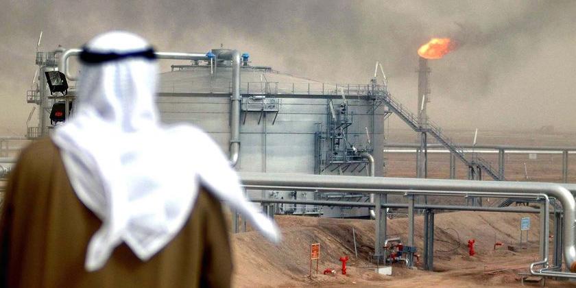 توطئه جدید نفتی عربستان علیه ایران/ سعودیها چوب حراج بر سابیک زدند