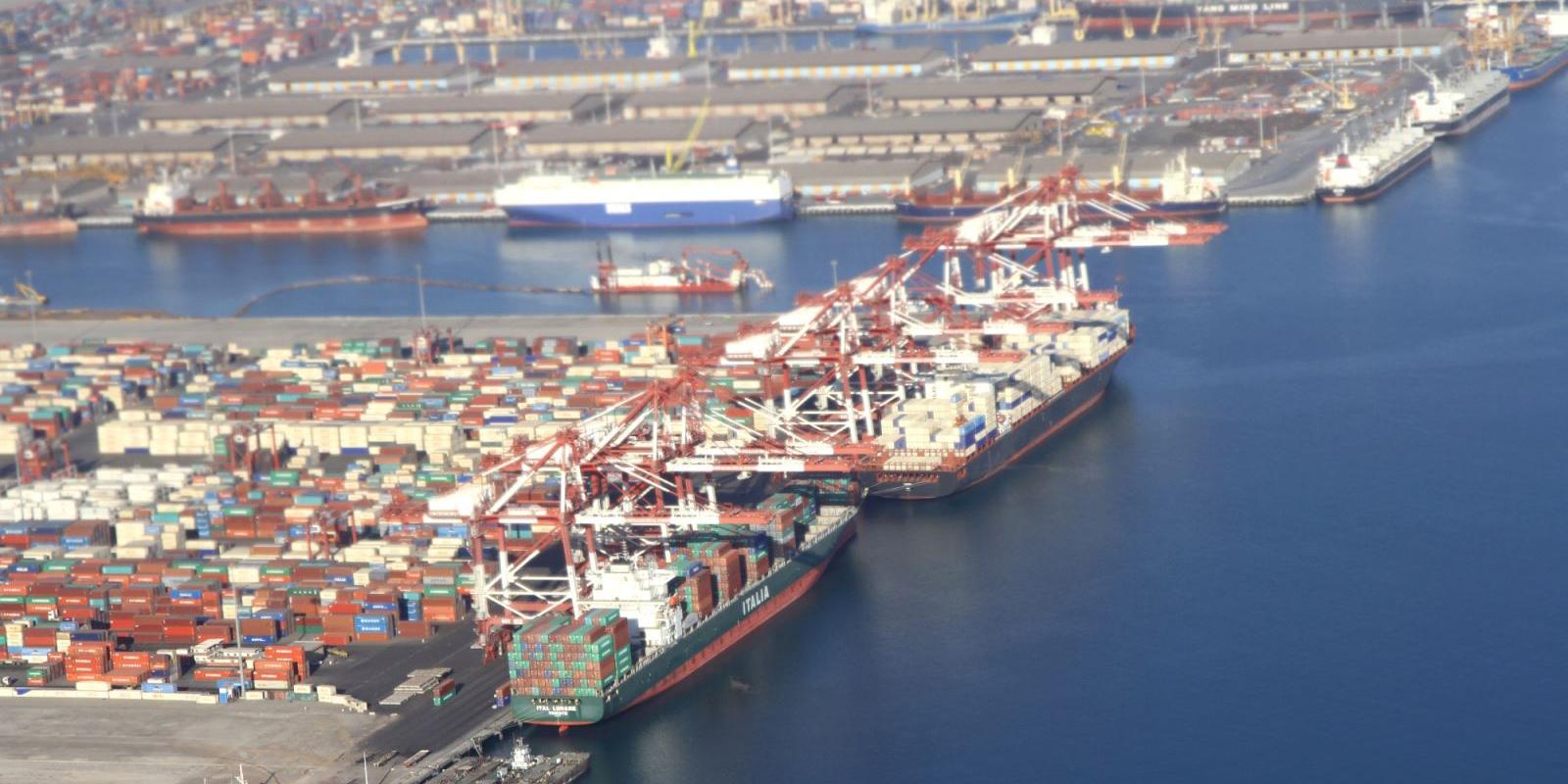 درخواست سرمایه گذاری 9 شرکت داخلی و خارجی در بنادر ایران