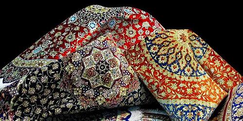 معاون استاندار کرمانشاه: باید به دنبال بازارفروش فرشهای تولیدی باشیم