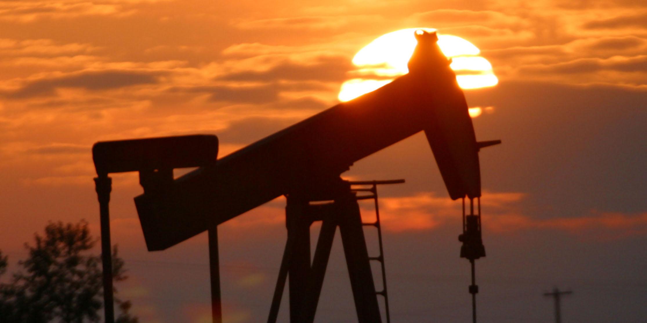 ساخت مخازن زیر زمینی نفت در کشور با کمک شرکت خارجی