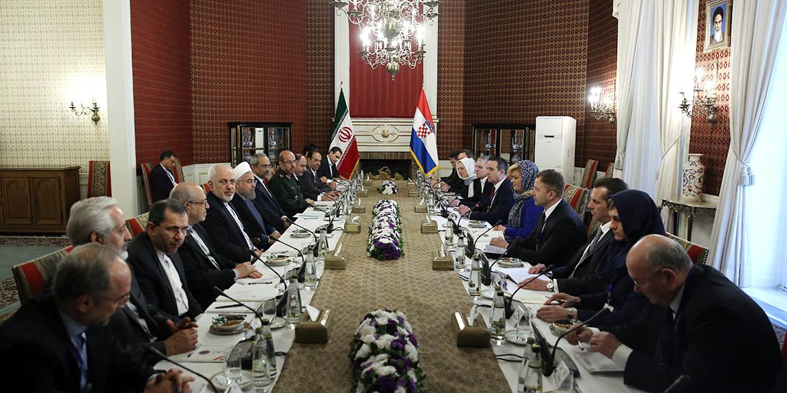 دکتر روحانی: ایران برای انتقال تجربیات و خدمات فنی و مهندسی به کرواسی آماده است