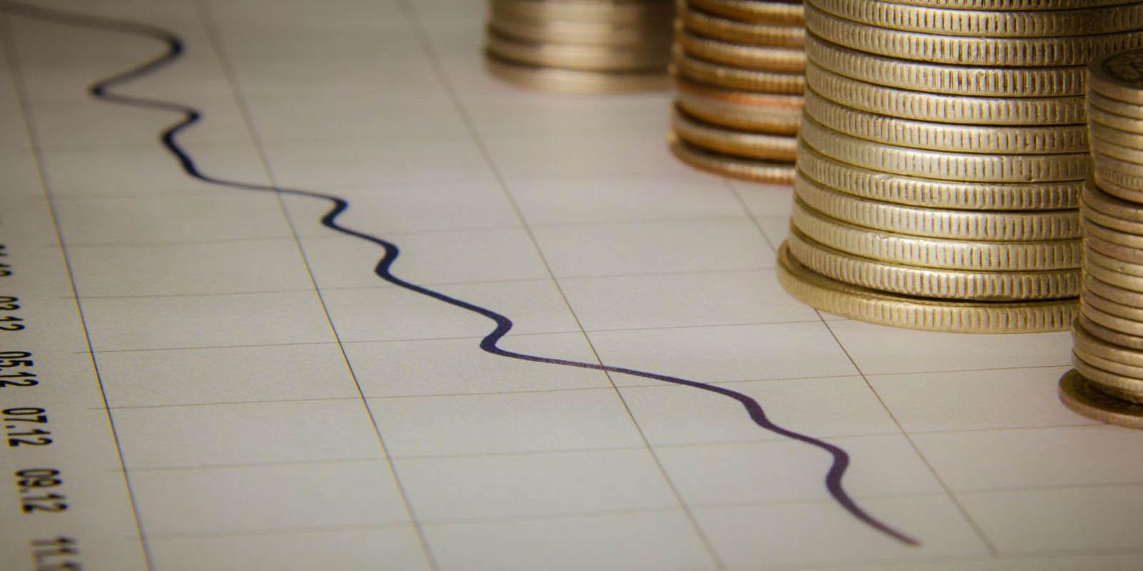 بررسی دلایل روند کند و کم رونق اقتصاد جهانی