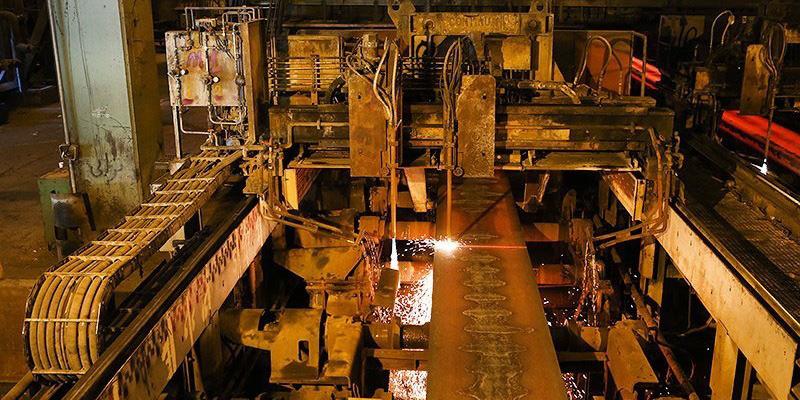 فولادسازان بخش دولتی بیش از 2.5 میلیون تن فولاد خام تولید کردند