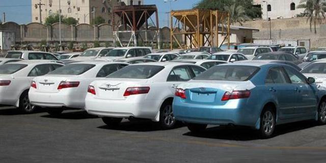 قیمت خودرو باید ۳۰ تا ۴۰ درصد کاهش یابد