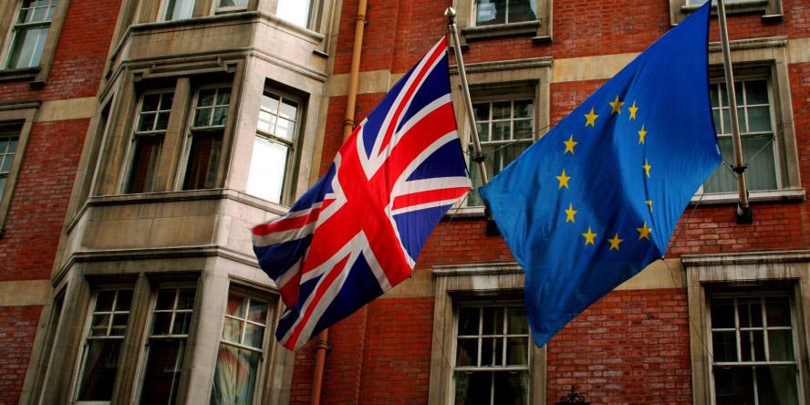 همهپرسی برای بررسی آیندۀ عضویت انگلیس در اتحادیه اروپا آغاز شد