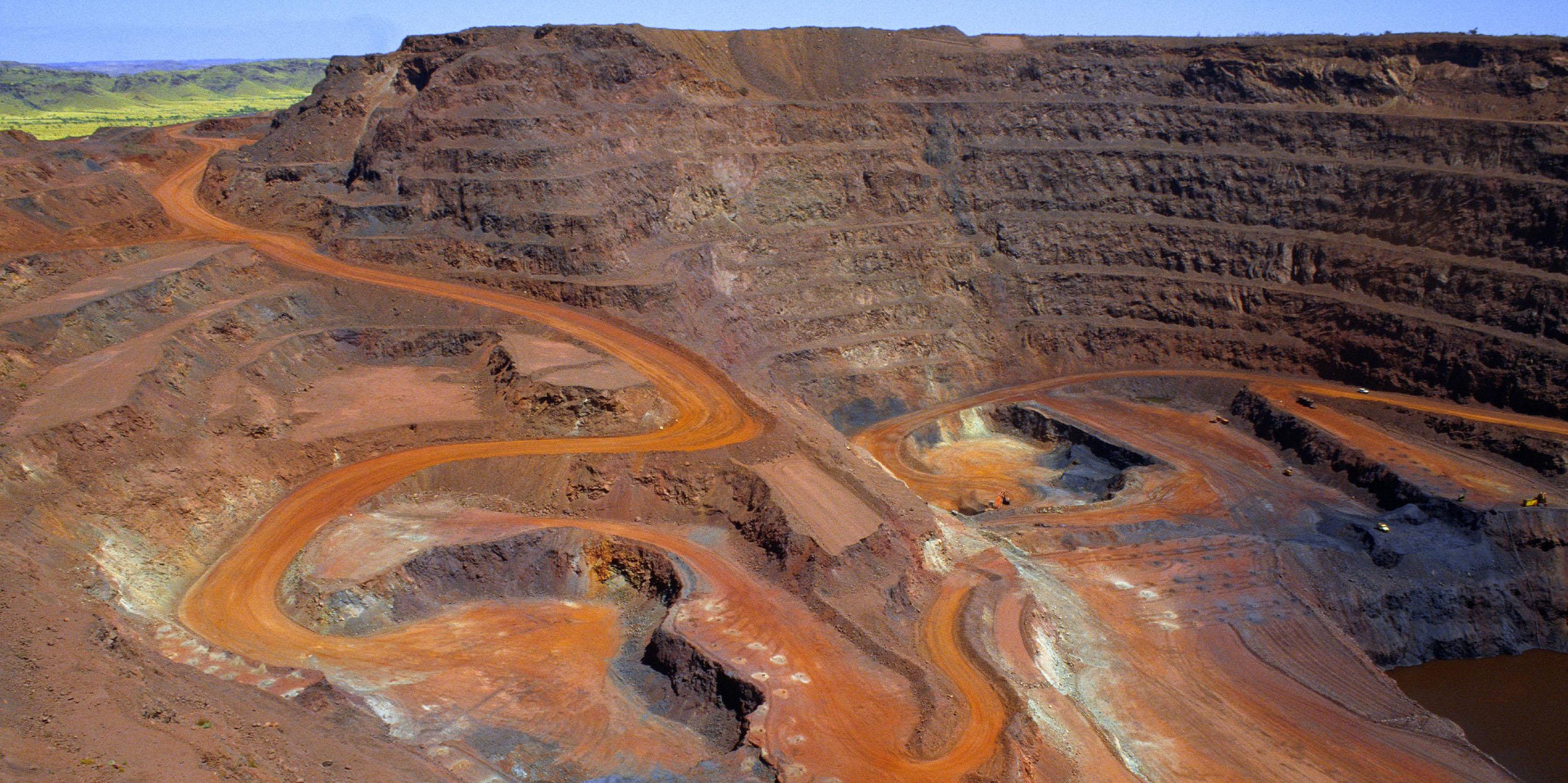 بازار جهانی سنگ آهن دوباره شوکه شد