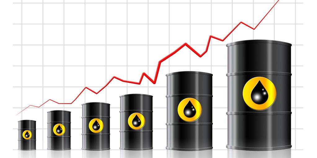 رشد قیمت نفت به اقتصاد خاورمیانه کمک میکند