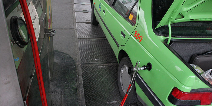 پیشنهاد کاهش قیمت CNG به ۲۵۰ تومان/ عرضه گرانترین CNG جهان در ایران